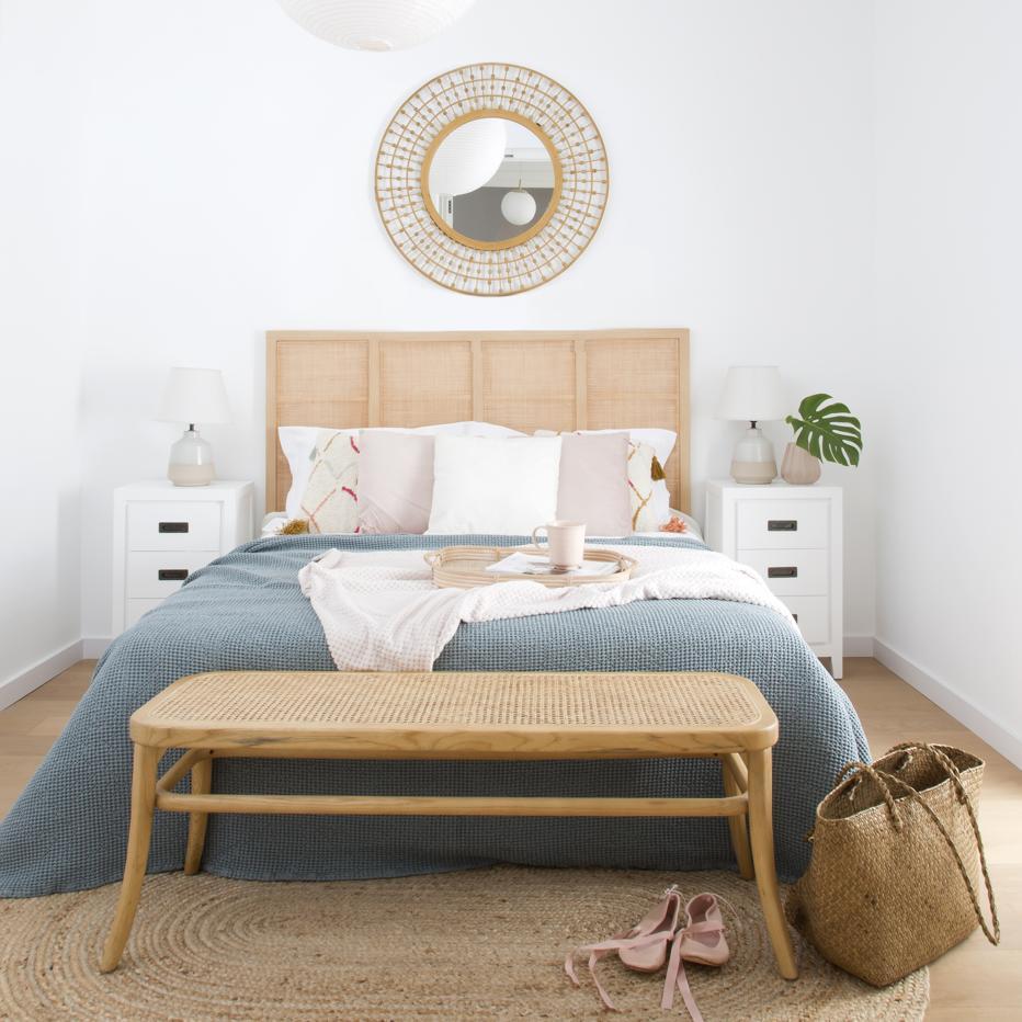 kehra chevet banak importa. Black Bedroom Furniture Sets. Home Design Ideas