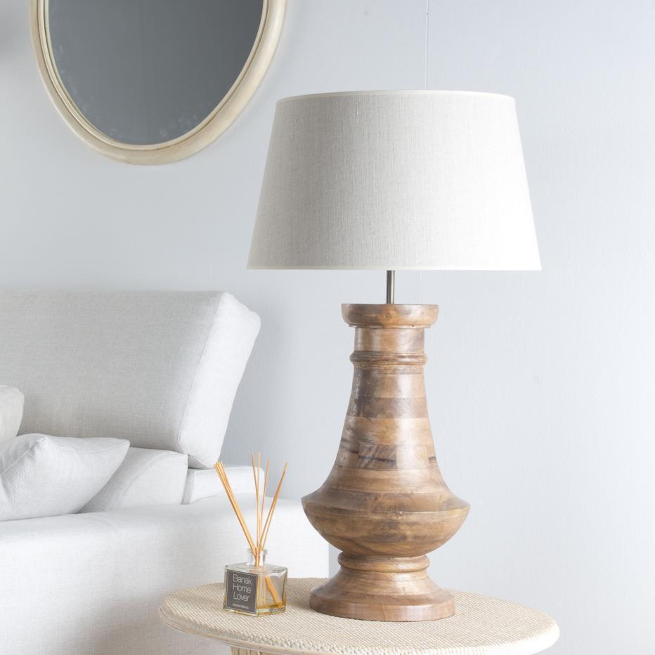 Pisa lampara  madera sobremesa
