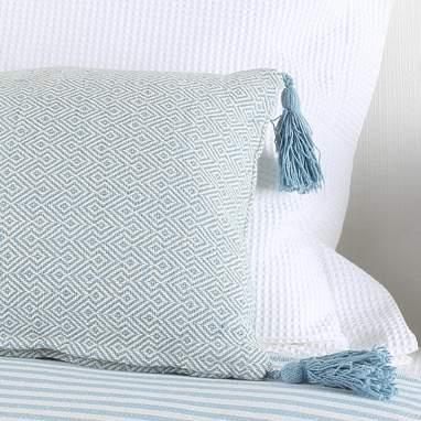 Nomi blue cushion 30x60