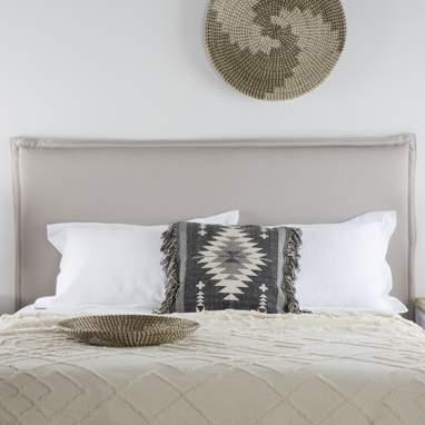Kape crude bedspread