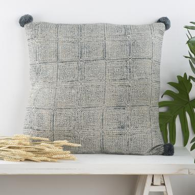 Brok wooden cotton pompom cushion