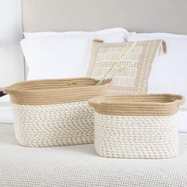 Neka conjunto 2 cestas com pegas