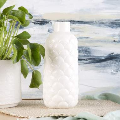 Alot white shell porcelain vase