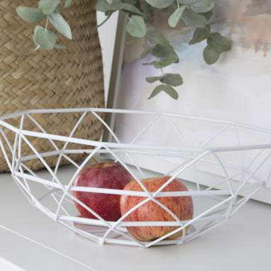 Loy metal fruit bowl