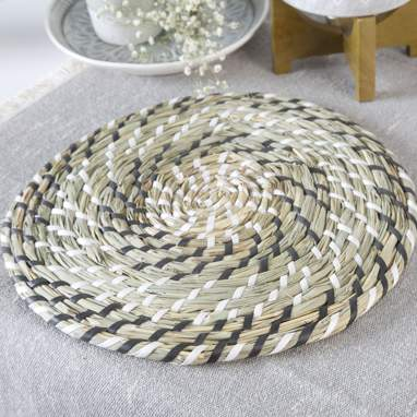 Tora white natural rattan individual tablecloth
