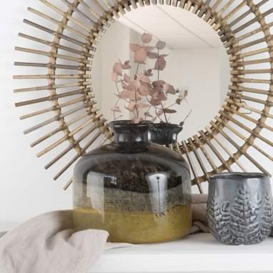 Gorw amber crystal vase