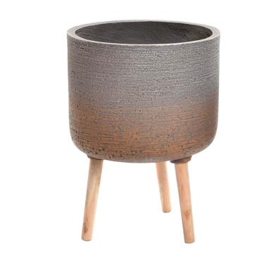 More cement/wood flowerpot stand
