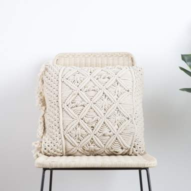 Taby beige cotton macrame cushion