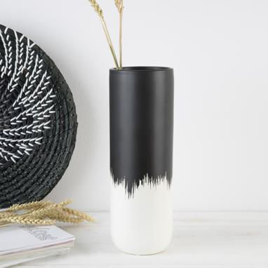 Wier black-white matte ceramic vase