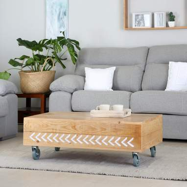 Nordic coffee table with arrows