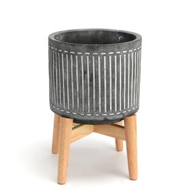 Cole small cement flowerpot