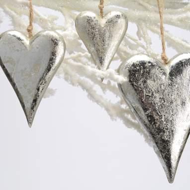 Derew set 3 hanging wood heart