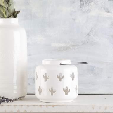 Flyn white candleholder