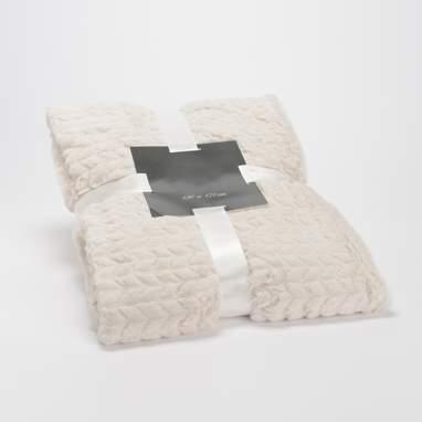 Tule chevron blanket