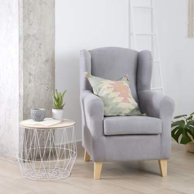 Maya wing chair