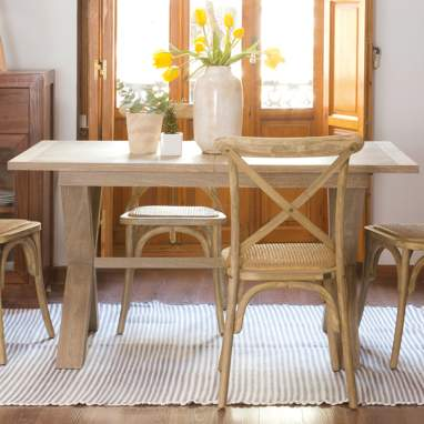 Naish extendible hazel dining table 150/200